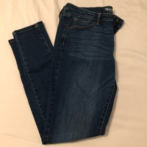 Mossimo Mid Rise Skinny Jean - Size 10R